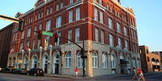 savannah historic district hotels hotel indigo savannah ihg