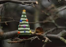 16 cute miniature crochet christmas decorations style motivation