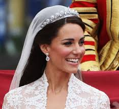 kate middleton wedding tiara royal wedding kate s earrings and tiara hellomagazine
