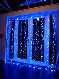 hanging christmas lights around windows christmas lights around windows how to hang christmas lights window