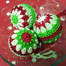 the patchwork heart christmas baubles pattern crochet