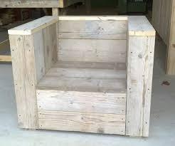 canapé en palette de bois diy faire ses meubles en bois recyclé page 1 déco bass
