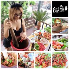 j de cuisine eat me jj กาแฟ ส มตำ ยำแซ บ สเต ก 1 646 fotos 38 opiniones
