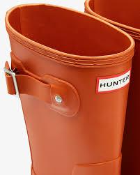 hunter men u0027s original short wellington boots in orange for men lyst