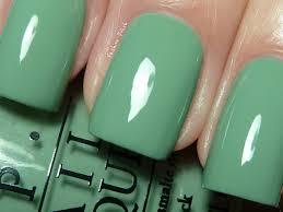 sea green nail color knowzzle