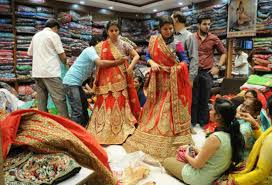 indian wedding dress shopping 10 things to remember when shopping for an indian wedding dress