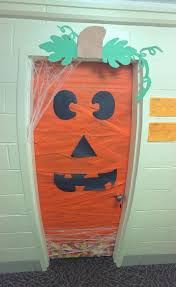 13 best 2spoopy images on pinterest halloween ideas dorm door