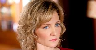 back view of amy carlson hair amy carlson opens up about leaving blue bloods
