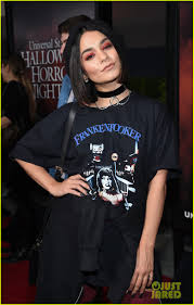 halloween horror nights website archive vanessa hudgens gets her scare on at halloween horror nights