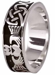 mens claddagh ring silver celtic claddagh mens band ring