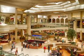 woodfield mall announces festive hours for 2014