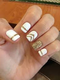 35 elegant and amazing white and gold nail art designs gel