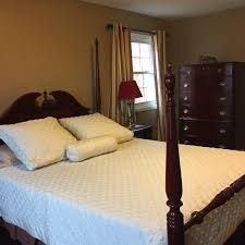 queen anne bedroom set find more andrew malcolm furniture queen anne brazilian cherry queen