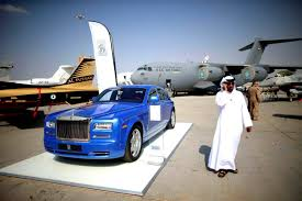 rolls royce dealership dubai u0027s rolls royce dealer says h1 sales up by 7 retail gcc