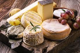ardoise de fromage comment composer un beau plateau de fromages à la cloche d u0027or