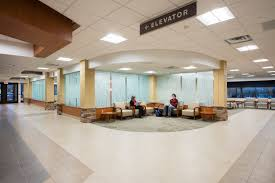 brainerd clinic lobby and registration lhb