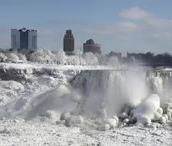 287 niagara falls heart belongs images