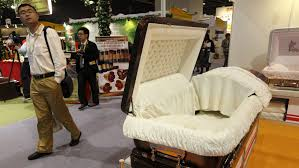 casket company looking for a cheap casket this company says its caskets