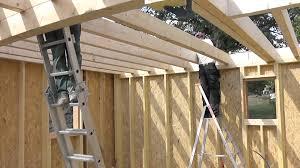 construire son chalet en bois les étapes de construction d u0027une maison en bois youtube