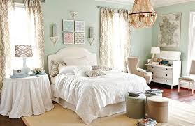 Chic Bedroom Ideas Bedroom Endearing Womens Bedroom Idea With Damask Curtains Also