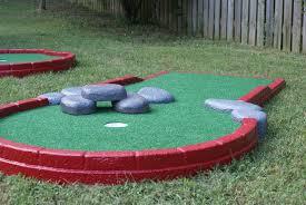 portable mini golf courses holes to go