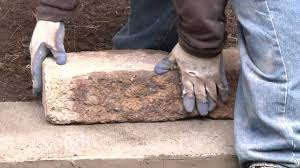 Lowes Paving Stones Prices by Landscape Beautiful Authentic Looking Of Landscape Blocks Menards