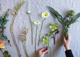 Spring Flower Arrangements Spring Flower Arrangements Remodelista