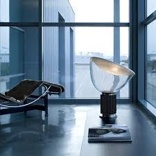 Flos Table L Blogues Flos Une Référence Dans L Industrie Du Luminaire Design
