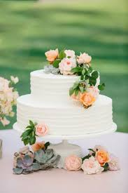 15 the pretty white wedding cakes wedding cake