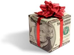 wedding gift money amount etiquette of giving as wedding gifts everafterguide