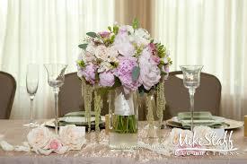modern wedding reception flower arrangements with fresh flower
