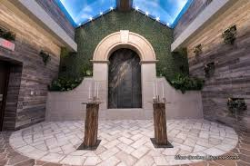 wedding arch las vegas rustic chic wedding venue in las vegas glass gardens at chapel