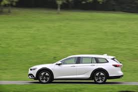 vauxhall insignia wagon 2018 vauxhall insignia country tourer pricing and specs