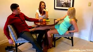 Blow Job Under Table Real Estate Agent Sasha Foxxx Under Table Wife Unaware