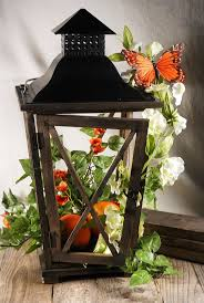 Lanterns For Wedding Centerpieces by Fall Wedding Centerpieces With Lanterns Lantern Butterfly Ivy
