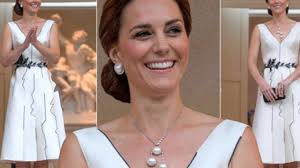 pearls necklace dress images Kate middleton wows in unusual pearl necklace during poland tour jpg