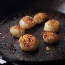 cuisiner noix st jacques recette noix de jacques juste poelées