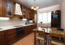 kitchen colors with light brown cabinets blue kitchens with brown