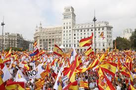 Flags In Spanish 65 000 Defend Spain U0027s Unity In Barcelona