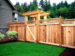 Backyard Privacy Ideas Backyard Privacy Fence Inspiration Lattice Privacy Fence Ideas