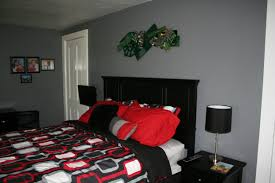 Bedroom Ideas In Red And Black Chic Home 20 Piece Christofle Pieced Red And Black Color Blocked