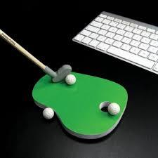 mini golf bureau mad place