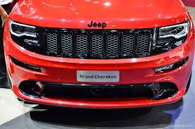 srt jeep red jeep grand cherokee srt red vapor paris 2014 04 images paris