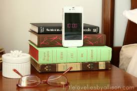little lovelies tutorial diy book iphone dock