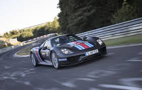 porsche hybrid 918 top gear watch the porsche 918 spyder u0027s record nürburgring run