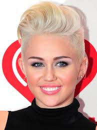 how to style miley cyrus hairstyle miley cyrus haircutsed off her haircut on the tonight try to wear