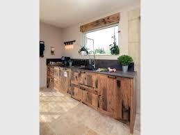 cuisine industriel une cuisine industrielle se fait une place dans une maison provençale