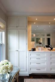 Bedroom Dresser With Mirror by Best 25 Built In Dresser Ideas On Pinterest Closet Dresser
