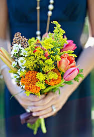 Wedding Flowers Guide Guide To Choosing The Best Wedding Flower Bouquets For All Season