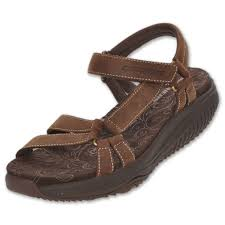 skechers sandals the newest type of shoes cheap sale online